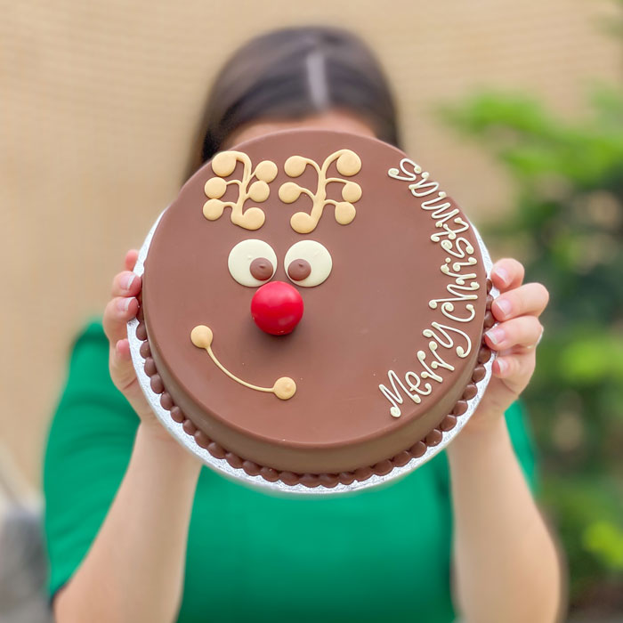Personalised Reindeer Chocolate Smash Cake