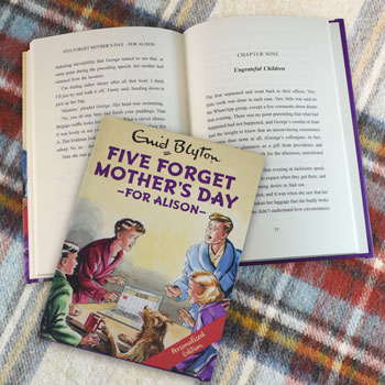 Five Forget Mothers Day A Personalised Enid Blyton Book