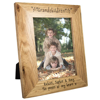 Engraved Oak Grandchildren 5 x 7 Inch Frame For Grandparents