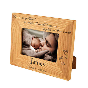 Personalised Oak Baby Footprint Memorial Baby Loss Frame