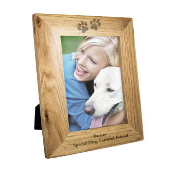 Personalised Paw Prints 7x5 Inch Wooden Pet Photo Frame